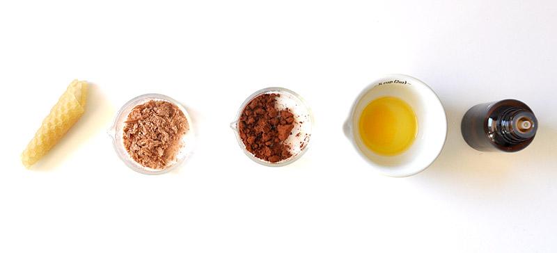 DIY Cosmétique Baume à lèvre Chocolat-Menthe