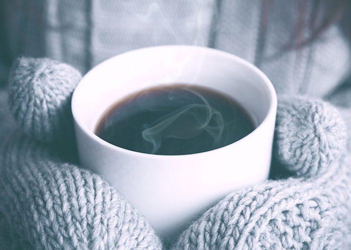 L'Automne et l'hiver sont des saisons où la circulation des virus est forte. Pour renforcer vos défenses immunitaires, utilisez les huiles essentielles