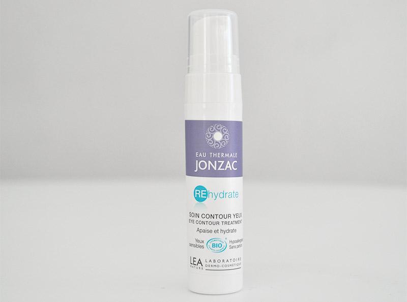 Soin contour des yeux à l'eau Thermale de chez Jonzac à consommer sans modération. Il apaise et hydrate intensément le contour de l'oeil.