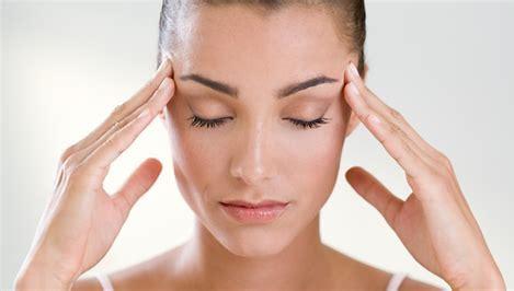 Le yoga du visage pour tonifier, illuminer et redonner du glow. L'Atelier Green vous propose des coaching de yoga du visage en fonction de vos besoins et des zones ciblées que vous souhaitez travailler.