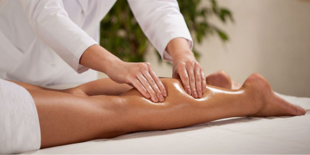 Le massage lymphatique manuel est une technique de massage destinée à stimuler la circulation lymphatique et à détoxiquer l'organisme.